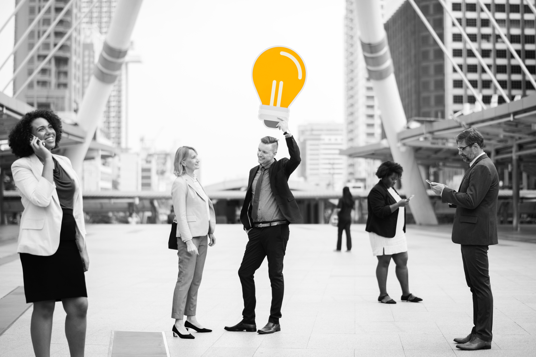 Segmento de clientes: o que é, como definir e identificar corretamente?